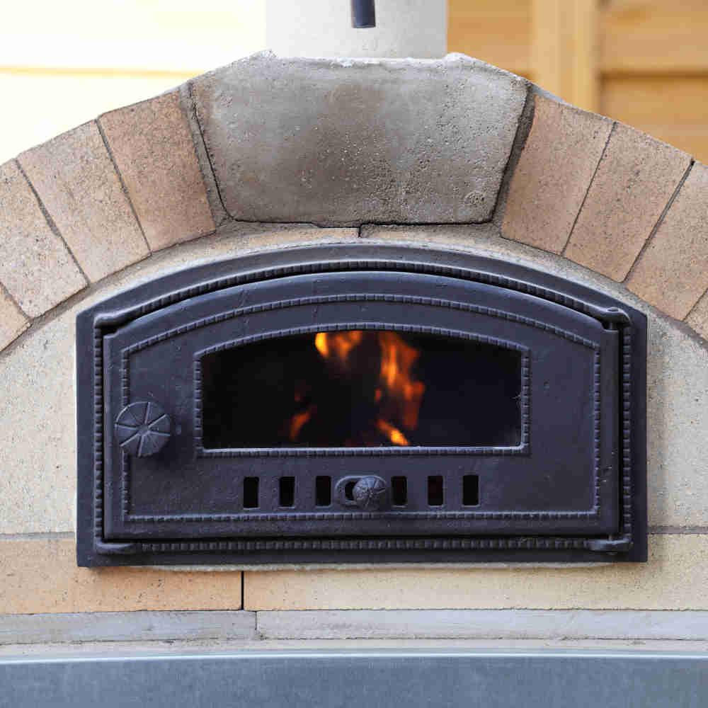 Ofentüren für den Ofenbau