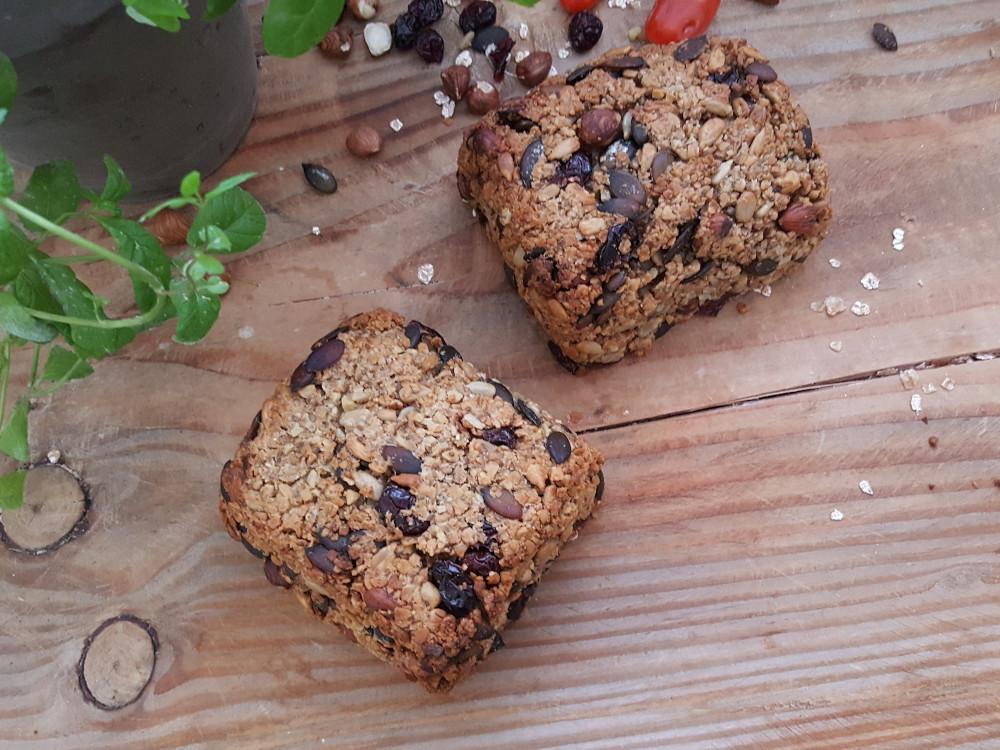 Rezept: Brot ohne Mehl und Hefe backen auf dem Brotbackstein