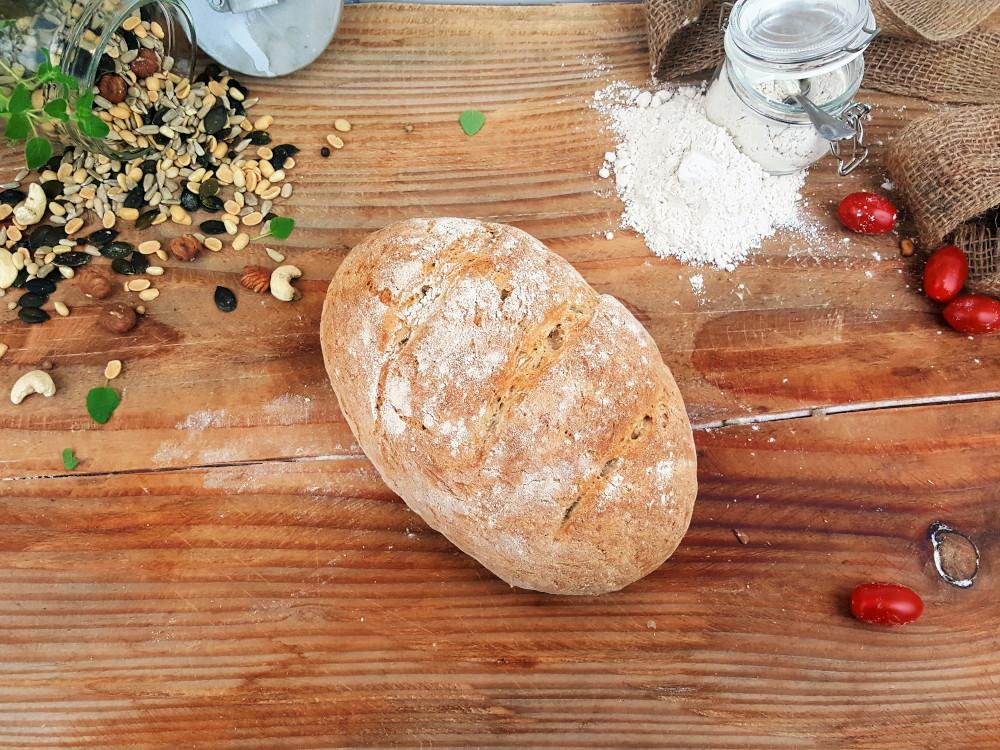 Rezept: Knuspriges Bauernbrot auf dem Brotbackstein backen