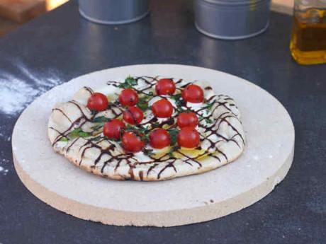 Geschenkideen für Pizzabäcker - Pizzastein aus Keramik