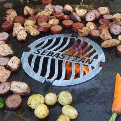 Grillrost-Einsatz für Feuerplatte mit Wunschname