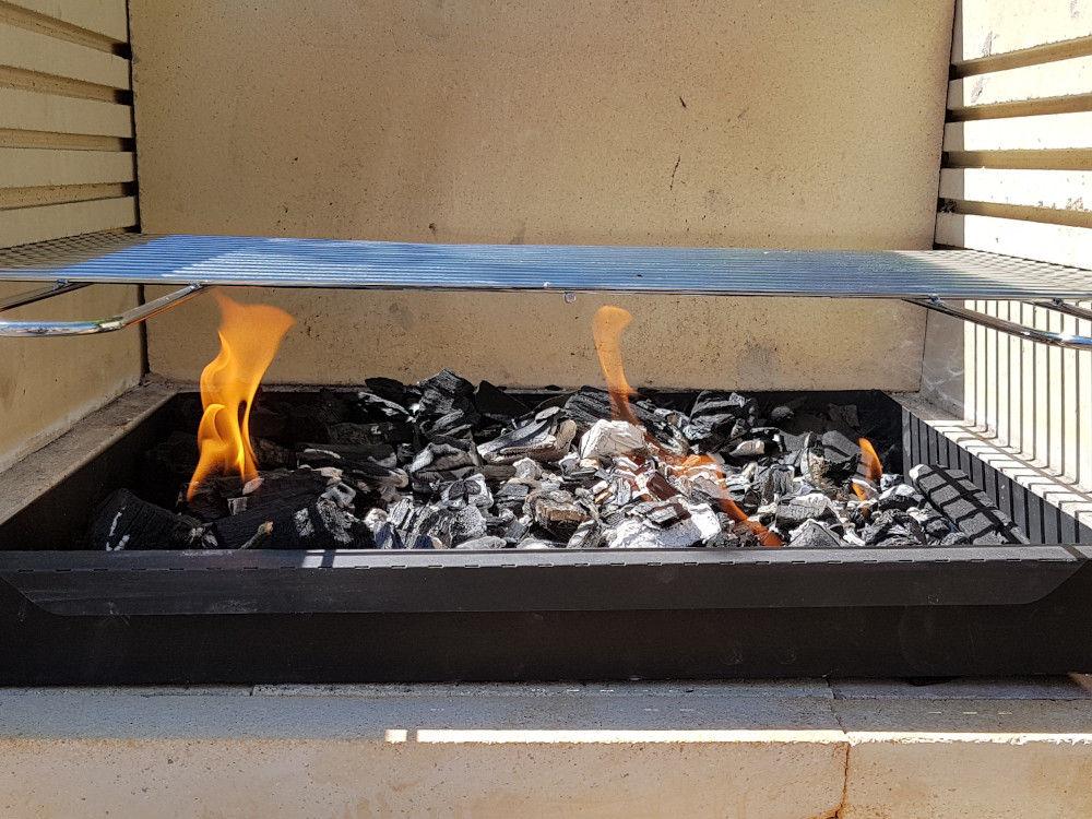 DIY Grill anfeuern
