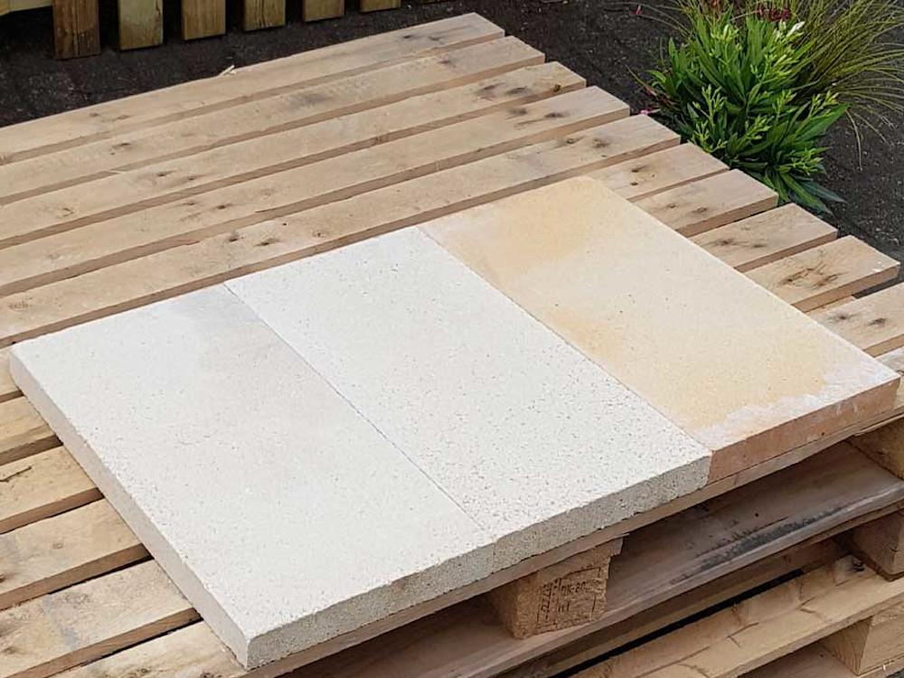 Grill bauen: Schamotteplatten verlegen