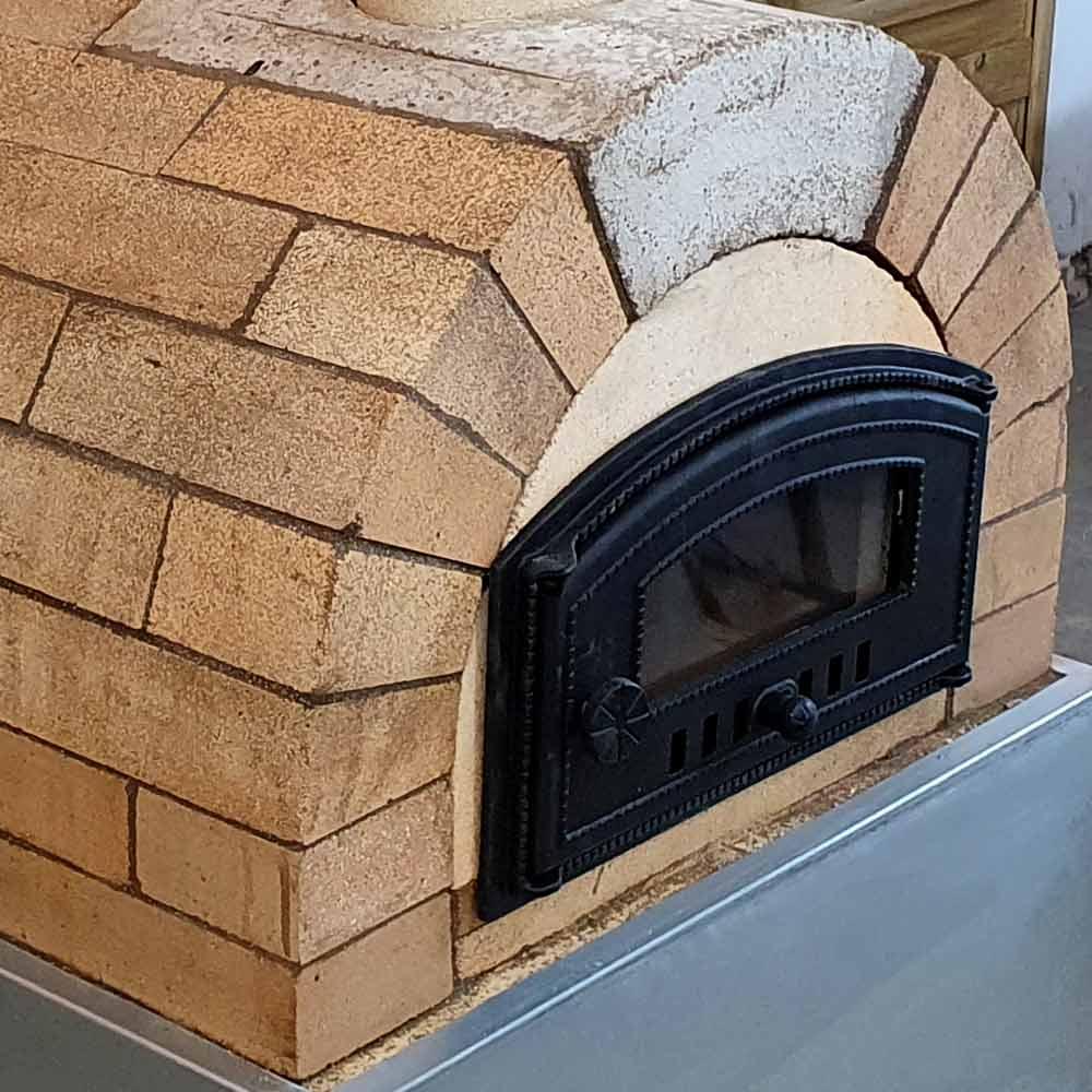 Pizzaofen Bausatz Tosakana mit Ofentüre