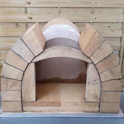 Toskana Pizzaofen Bausatz mauern
