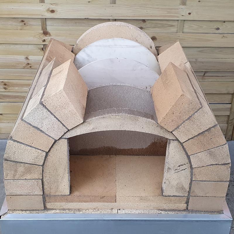 Pizzaofen mit Rundbogen bauen