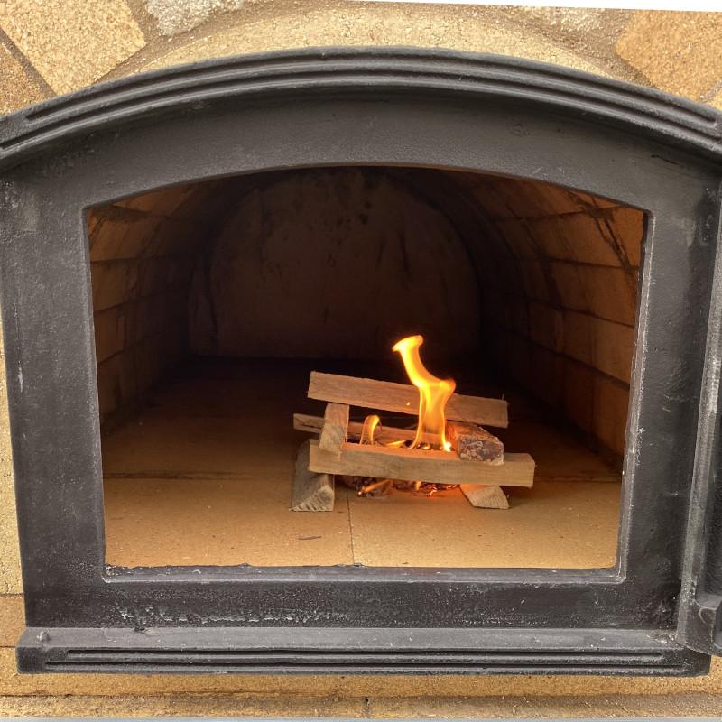 Pizzaofen das 1. Mal anfeuern