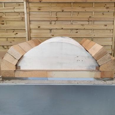 Pizzaofen-Bauanleitung Merano: Flachgewölbe mauern