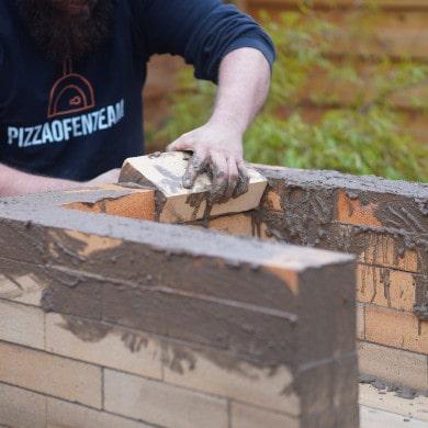 Pizzaofen Bauanleitung: Pizzaofen Salerno ohne Gewölbe bauen - Schamottsteine mauern