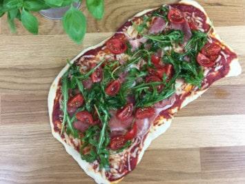 Rezepte für Pizzastein - Pizza Rucola