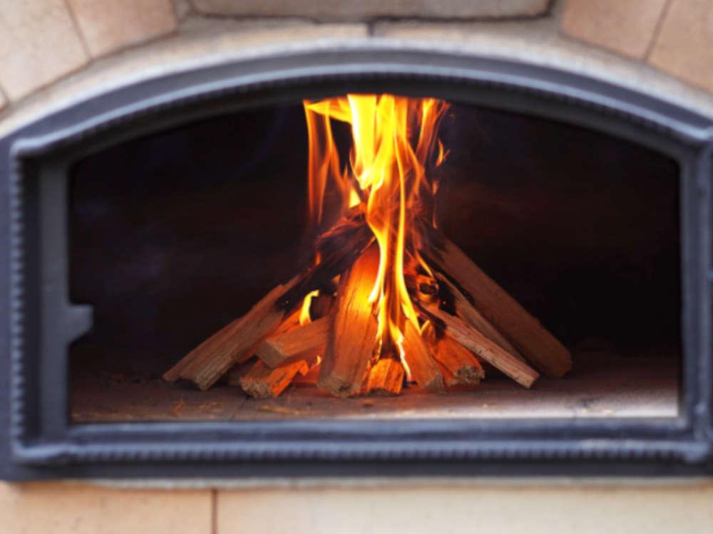Anleitung: Pizzaofen richtig anfeuern