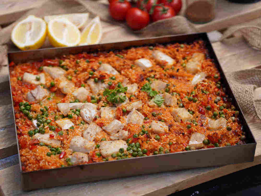 Rezept: Paella im Pizzaofen backen